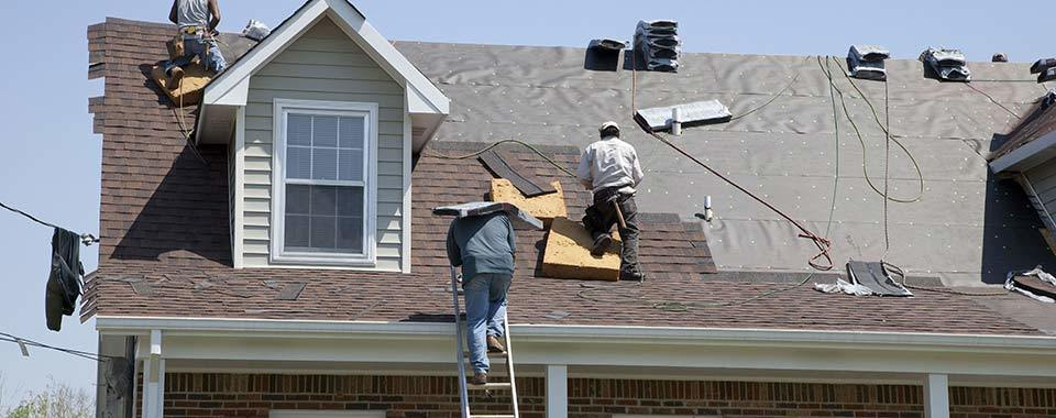 INSTALLING STRONG ROOFING